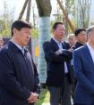 成都市委书记范锐平、市长罗强一行到 中铁十六局二公司成都锦城绿道项目视察工作