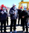 新疆维吾尔自治区交通运输厅党委副书记、厅长艾山江·艾合买提到中铁十五局三公司京新项目检查指导工作