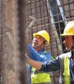 """助力亚运项目提速  这群建设者""""五一""""坚守钱塘江畔"""